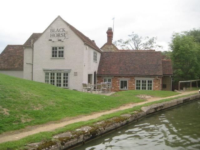 Great Linford: The Black Horse Inn
