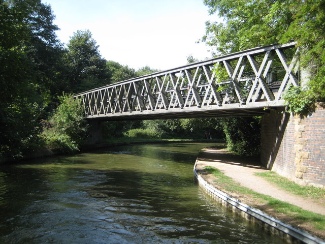 Grand Union Canal: Bridge Number 76A