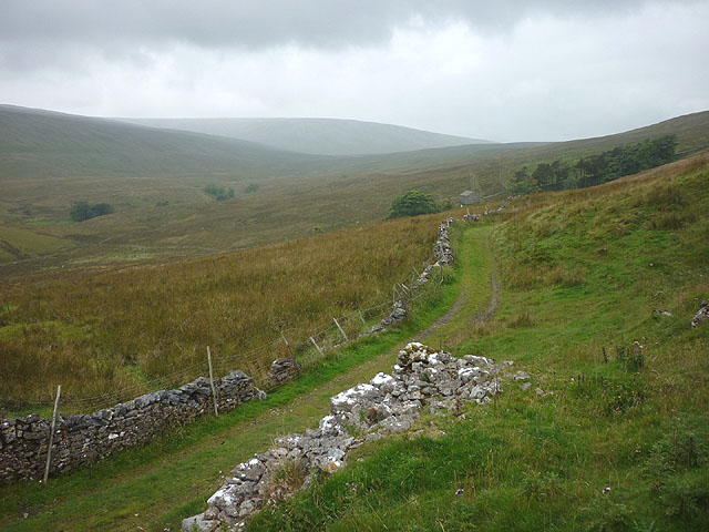 Track on Grisedale Brow (Pennine Journey)