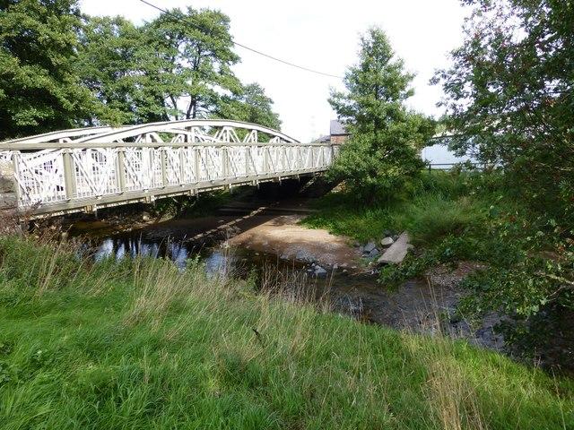 Foot bridge and road bridge over Wooler Water