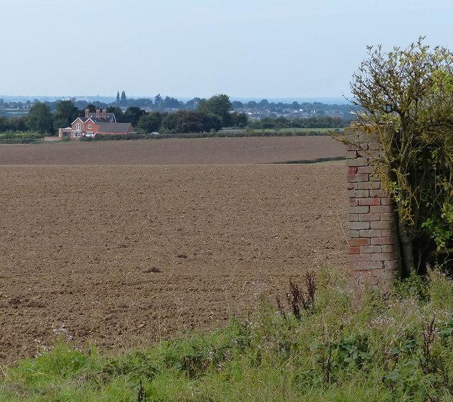 Farmland near Yew Tree Cottage