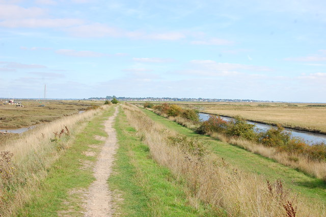 Sea wall path, Tollesbury Wick Marshes