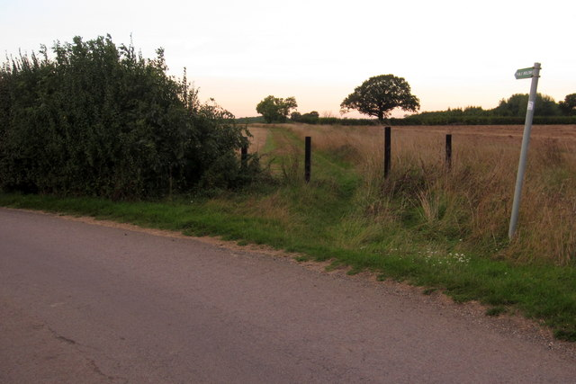 Milton Keynes Boundary Walk towards Turvey
