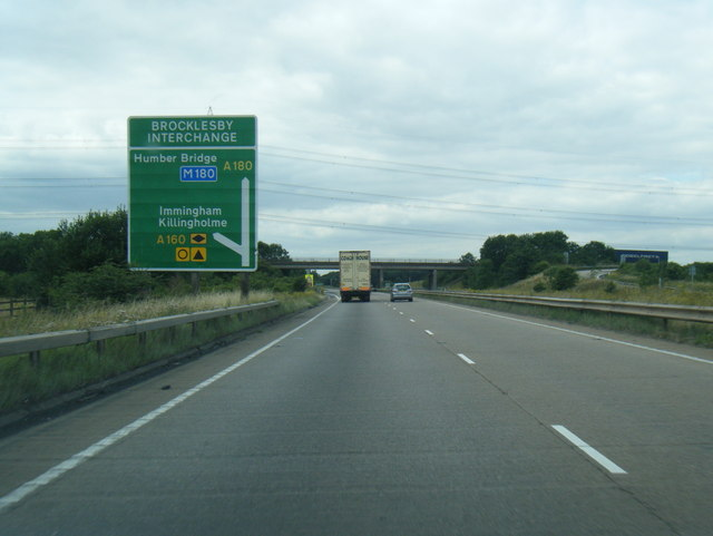 A180 westbound nears Brocklesby Interchange