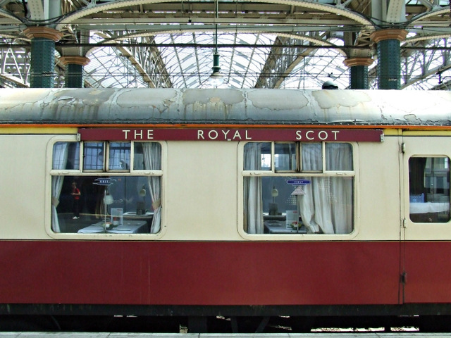 The Royal Scot train at Glasgow Central