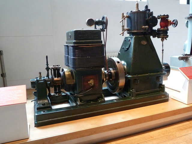 Science Museum - Belliss & Morcom steam engine