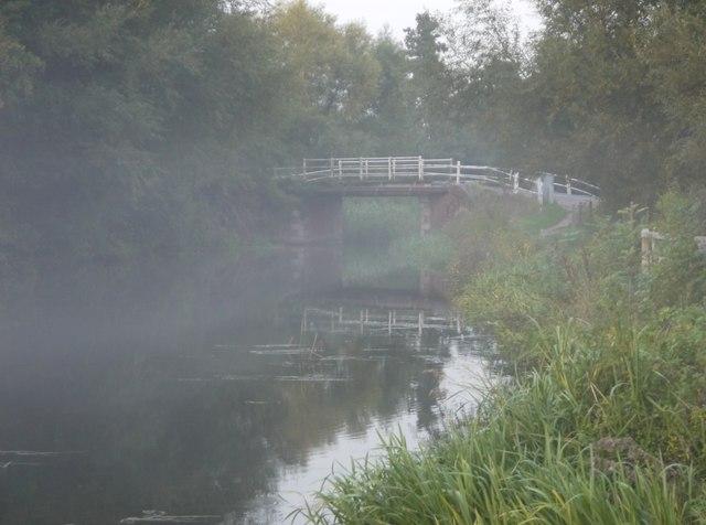 Newark New Bridge, in mist