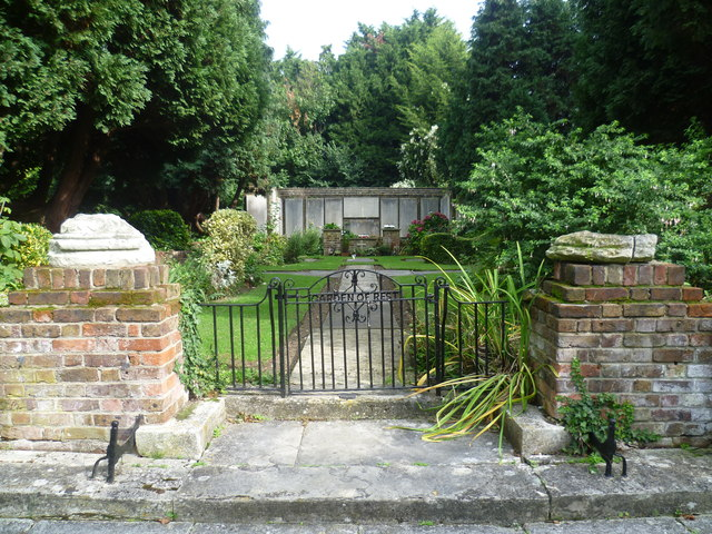 Entrance to the Garden of Rest, Long Ditton Churchyard