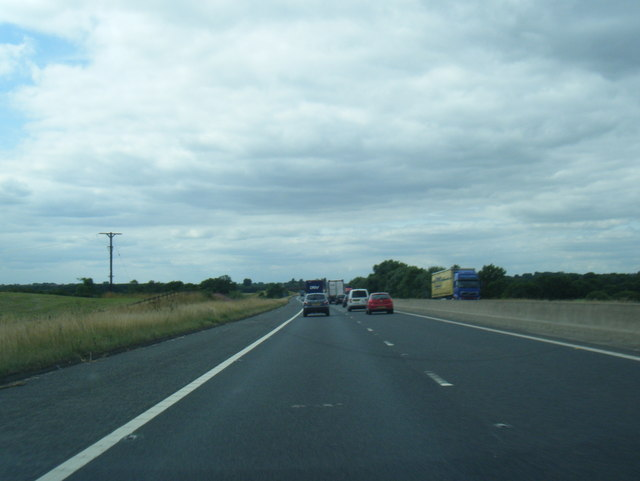 M180 westbound near Bow and Arrow Wood