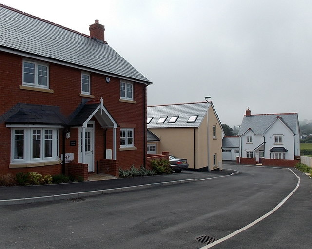 Recently-built houses in Fortescue