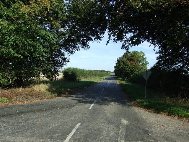 Minor road heading north