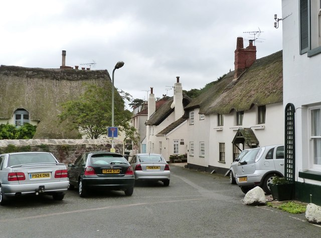 Thatched cottages in Dagmar Street, Shaldon