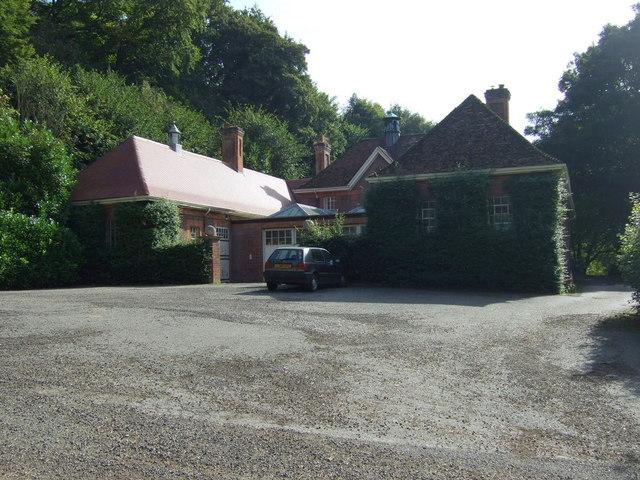 House on Hall Lane
