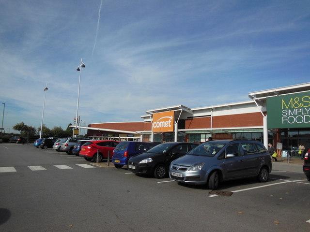 The former Comet shop at Kingswood Retail Park