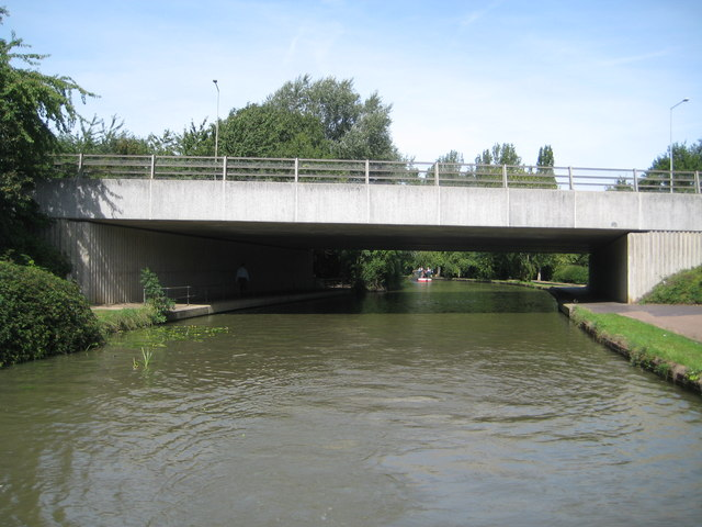 Grand Union Canal: Bridge Number 79A