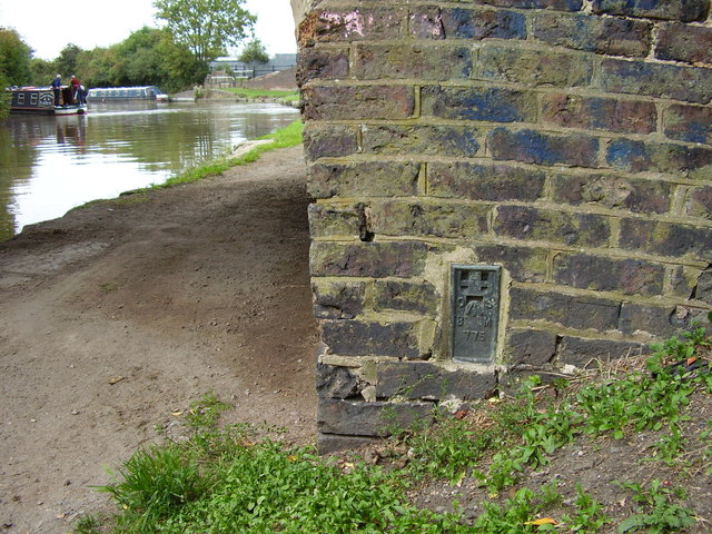 Ordnance Survey flush bracket no. 775 on Marston Bridge