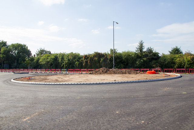 New roundabout on the A429 Ettington Road