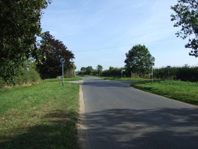 Road junction, Cade's Corner