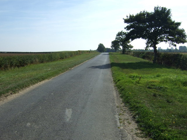 Minor road towards Horncastle