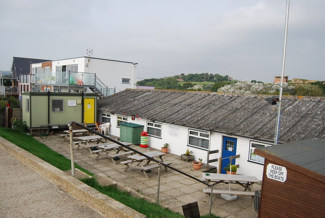 New Beach Club, Pett