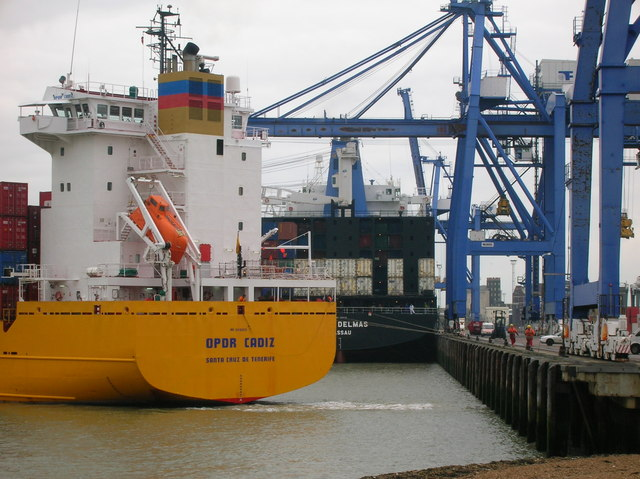 OPDR Cadiz arriving at Felixstowe Container Terminal