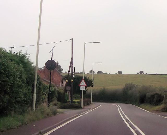 Mill Lane junction at Hanwood Bank