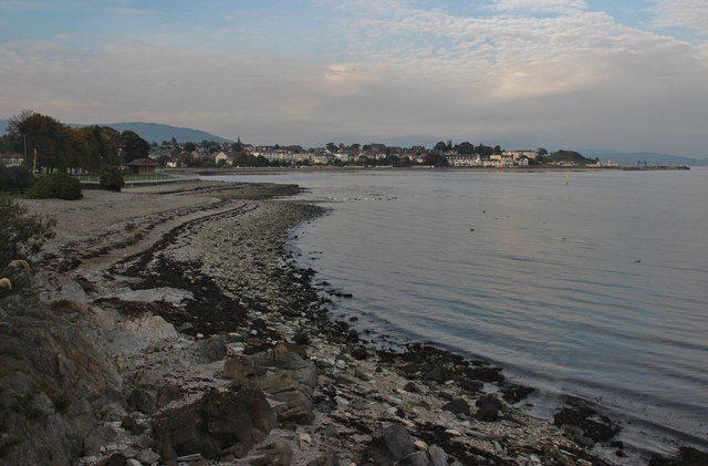A quiet evening on the southern shore in Dunoon