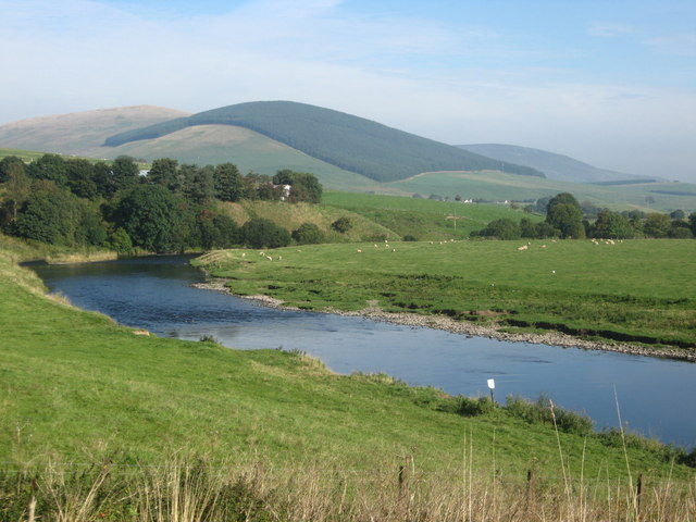 River Clyde flowing downstream from Clyde's Bridge north of Littlegill