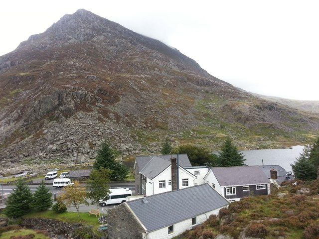 Llyn Ogwen Outdoor Pursuits Centre
