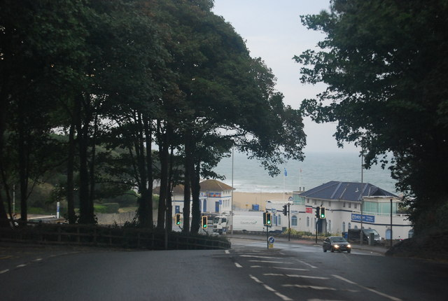 Pinecliffe Rd, Branksome Chine