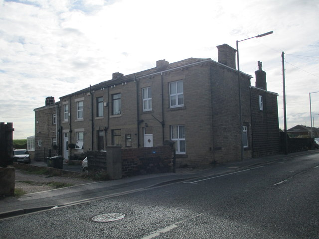 Dwellings off Staincliffe Road