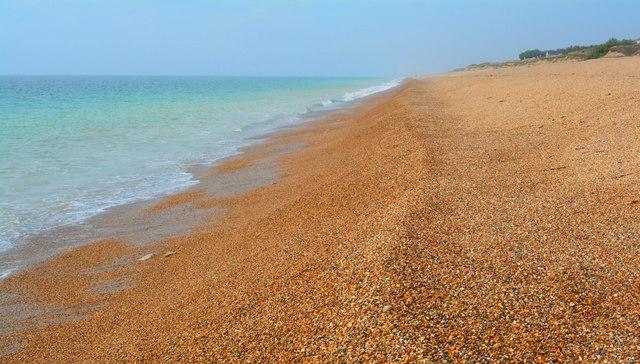 Chesil Beach waterline looking westward, near East Bexington Farm, Dorset