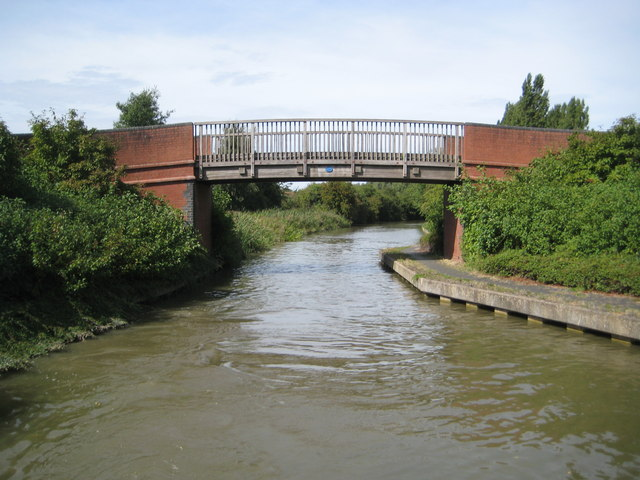 Grand Union Canal: Bridge Number 80A