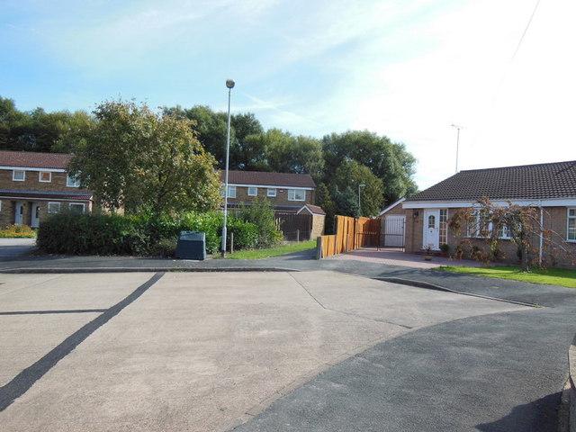 Dunkeld Drive off Downfield Avenue, Hull