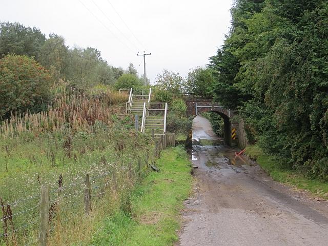 Railway bridge near Giffordtown