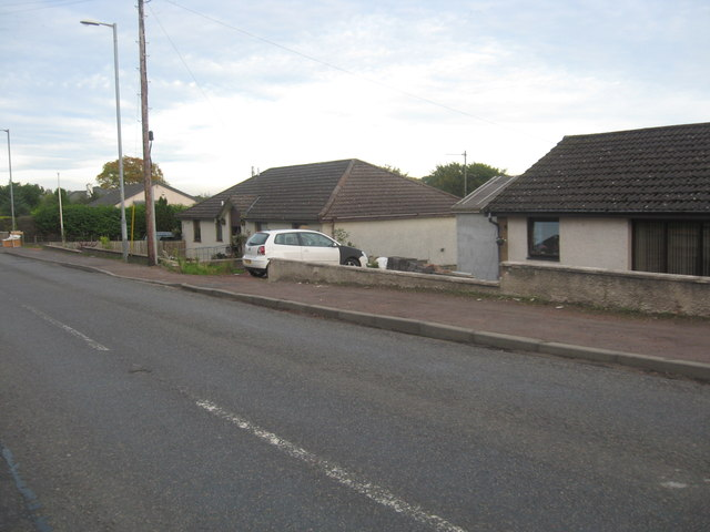 Cottages at the side of the A743
