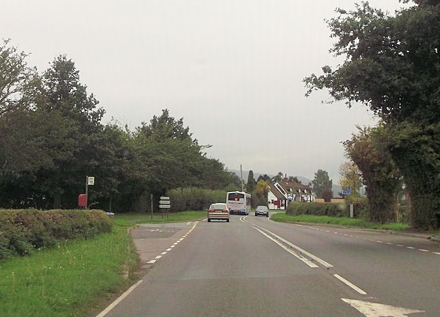 Bus stop and junction for Shorthill