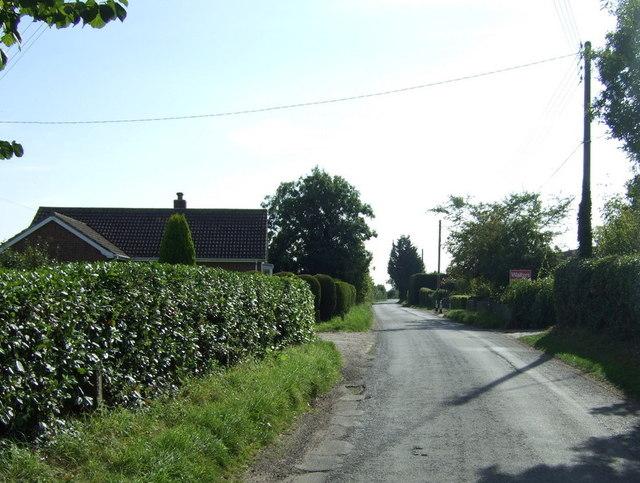 Heading south through Wood Enderby