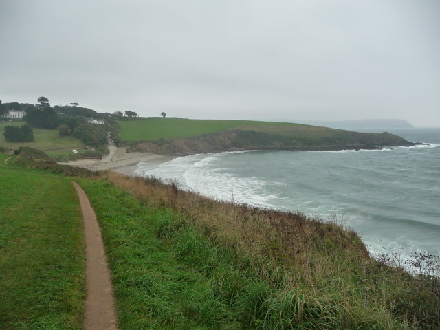 On the coast path approaching Porthcurnick Beach