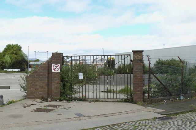 Gates to nowhere, Ker Street, Greenock - 1