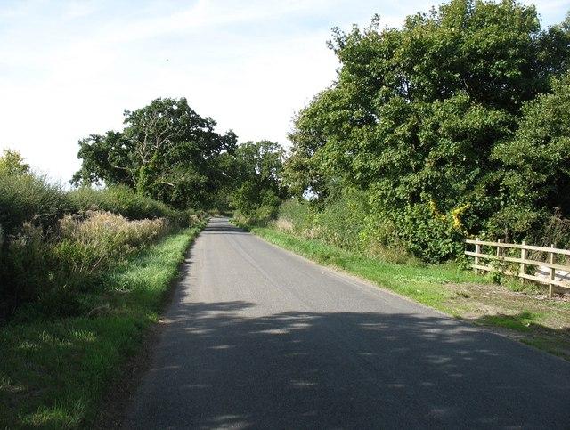 The road to Geddington