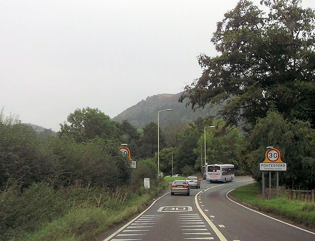 Entering Pontesford on A488