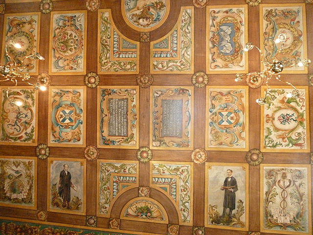 Painted Ceiling, Riddle's Court (3)