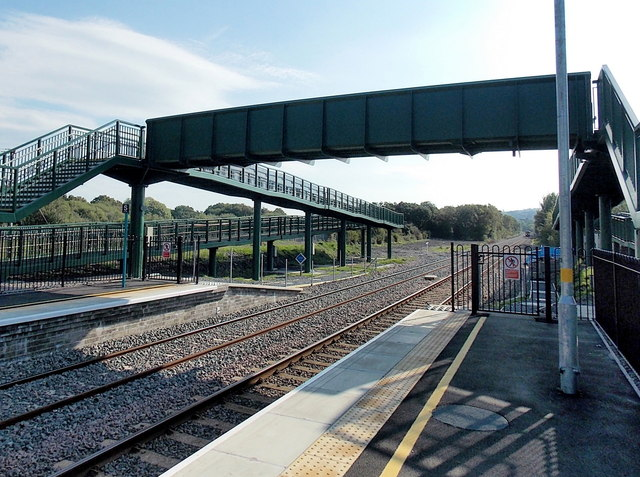 Gowerton railway station footbridge