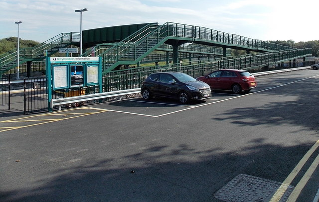 Gowerton railway station car park and footbridge