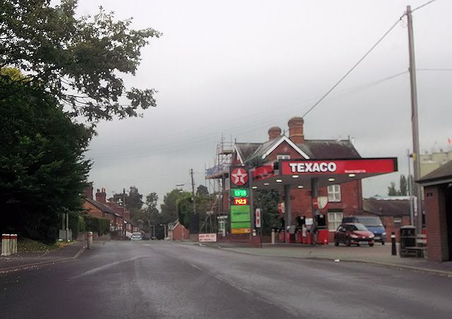 Texaco garage in Station Road