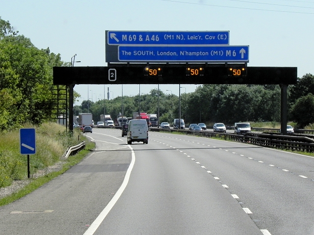 Southbound M6, Overhead Sign Gantry near Sowe Common