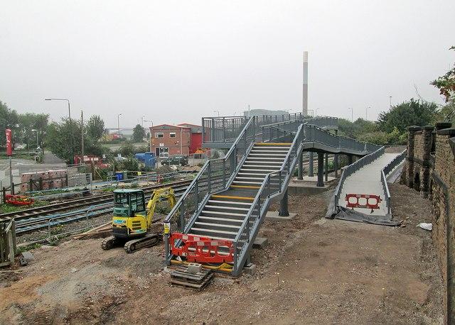 Progress on the new Meadow Lane footbridge