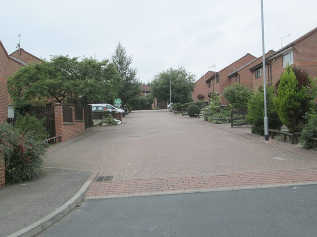 Wepener Place - Roberts Avenue