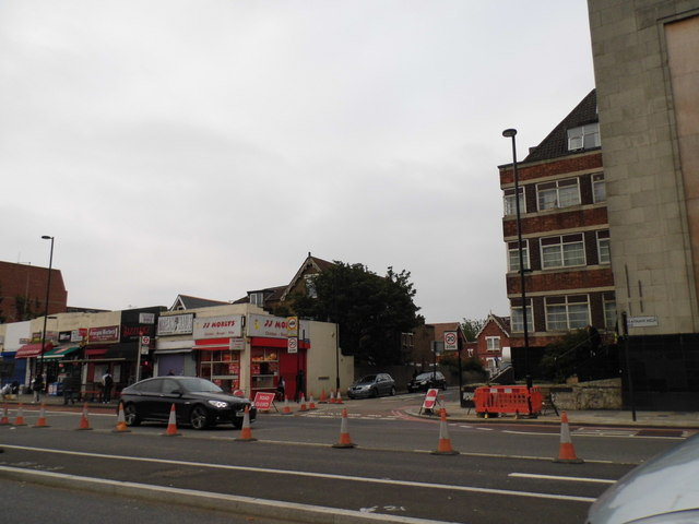 Shops and flats on Streatham High Road